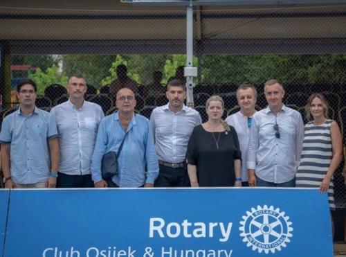 Hrvatski Rotarijanci i Zaklada Marin Čilić zajedno za djecu Petrinje i Sisačko Moslavačke Županije